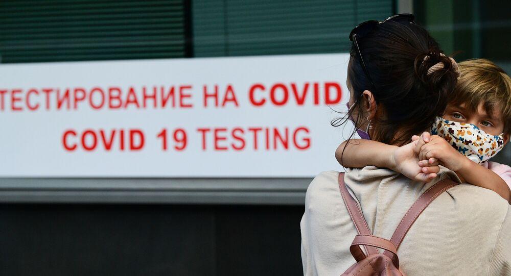 koronavirüs, test, Vnukovo Havalimanı, Moskova, Rusya