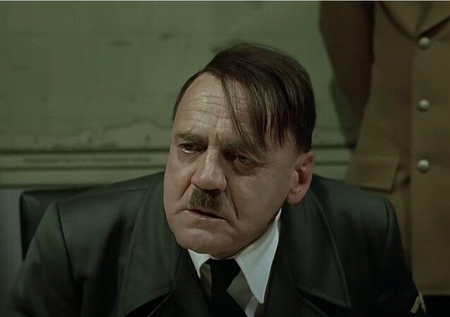 Çöküş, Adolf Hitler, Bruno Ganz