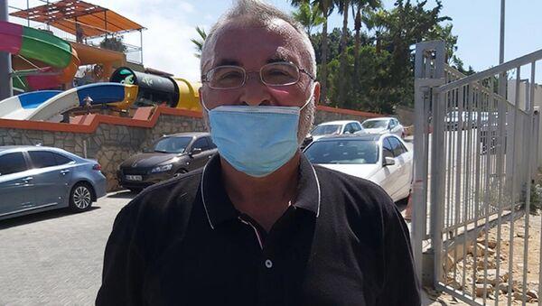 Almanya'da yaşayan Baki Erdoğan ve ailesi, 'kopya' internet sitesi kurbanı oldu. 3 bin euro karşılığında satın aldıkları tatil için geldikleri Alanya'daki otelde rezervasyonları olmadığını öğrenince dolandırıldıklarını anlayan aile, tatillerini yapabilmek için otele 3 bin Euro ödemek zorunda kaldı. - Sputnik Türkiye