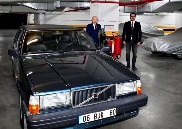 Devlet Bahçeli, Serkan Toper, 'BJK' plakalı otomobil