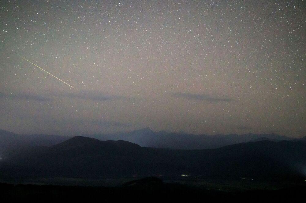 Krasnodar bölgesinde gökyüzünde görüntülenen Perseid meteor yağmuru