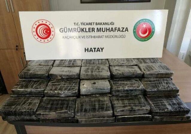 İskenderun Limanı'nda Kolombiya'dan gelen gemide 72 kilo kokain ele geçirildi