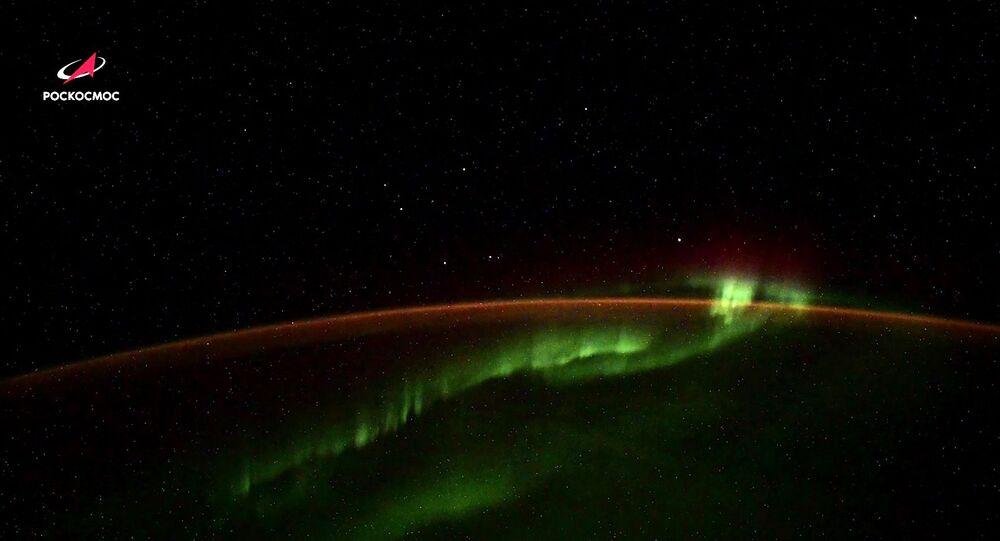 Rus kozmonot Vagner, uzayda esrarengiz cisimler görüntüledi