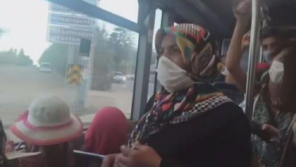 Otobüste maske takmayan kadın kendisini 'Doktorum takma dedi' diye savundu - Sputnik Türkiye