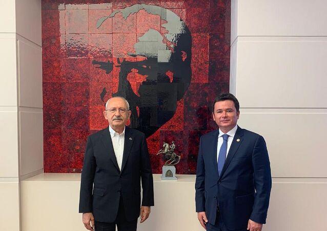 CHP'nin TBMM Grup yönetiminde de yer alan Bursa Milletvekili Erkan Aydın, CHP Genel Başkanı Kemal Kılıçdaroğlu ile görüştü.
