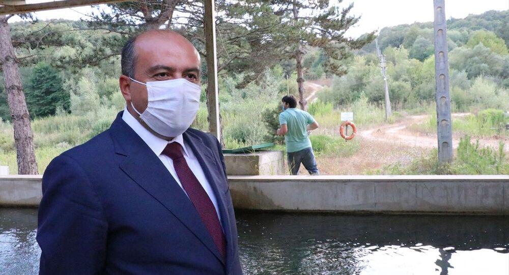 Tarım ve Orman Bakan Yardımcısı Fatih Metin, Gölköy Projesi'nin ilk ayağı olan barajı çevreleyen 5 kilometre uzunluğundaki yolun yapımı ve bölgede gerçekleştirilecek diğer çalışmalar ile ilgili basın toplantısı düzenledi.