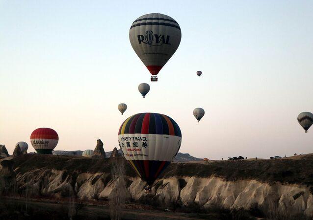 Kapadokya'da sıcak hava balon turları