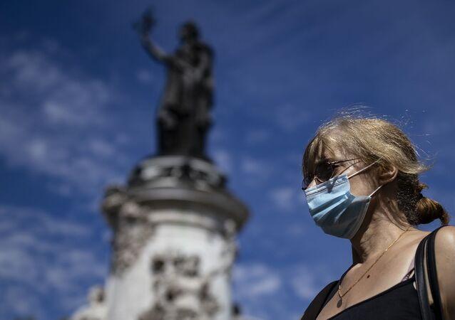 koronavirüs - Kovid-10 - maske - Fransa