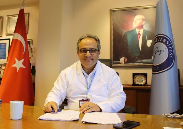 Sağlık Bakanlığı Bilim Kurulu Üyesi Prof. Dr. Mustafa Necmi İlhan