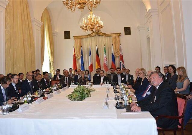 Nükleer anlaşmanın tarafları, ABD'nin İran'a yönelik BM yaptırımlarını geri getirme talebini reddetti