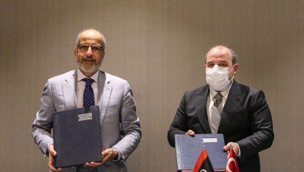 Sanayi ve Teknoloji Bakanı Mustafa Varank- Libya Merkez Bankası Başkanı Saddek Elkaber - Sputnik Türkiye