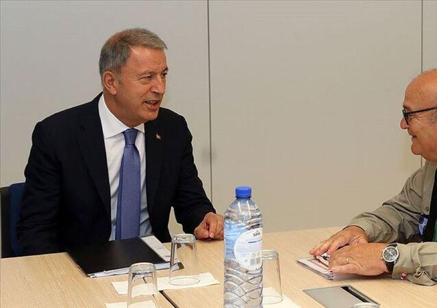Milli Savunma Bakanı Hulusi Akar, NATO Askeri Komite Başkanı Orgeneral Stuart Peach ile bugün Bakanlık'ta bir araya gelecek.
