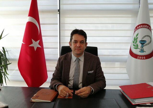 Ankara Eczacı Odası Başkanı Taner Ercanlı