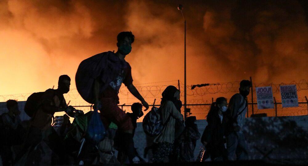 Yunanistan'ın Midilli Adası'nda bulunan ve ülkenin en kalabalık ve büyük sığınmacı kampı Moria'da yangın çıktığı açıklandı.