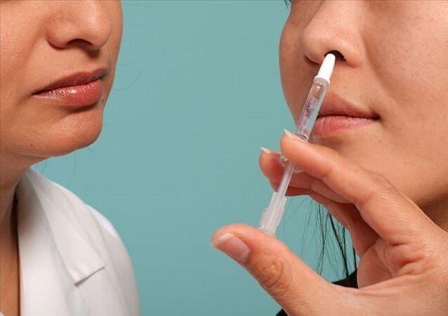 Çin - yeni tip koronavirüse (Kovid-19) + burun spreyi - aşı