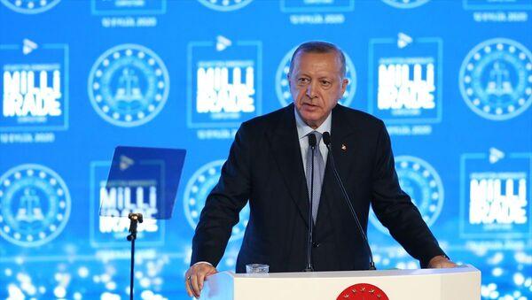 Cumhurbaşkanı Recep Tayyip Erdoğan-Vesayetten Demokrasiye Milli İrade Sempozyumu - Sputnik Türkiye