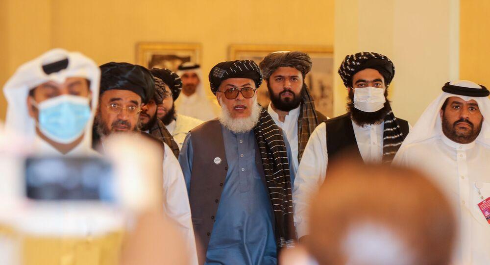 Afganistanhükümetinden temsilciler ile müzakerelere başlayan Taliban üyeleri