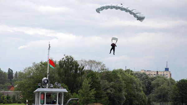 Slav Kardeşliği-2017, Belarus, paraşüt - Sputnik Türkiye