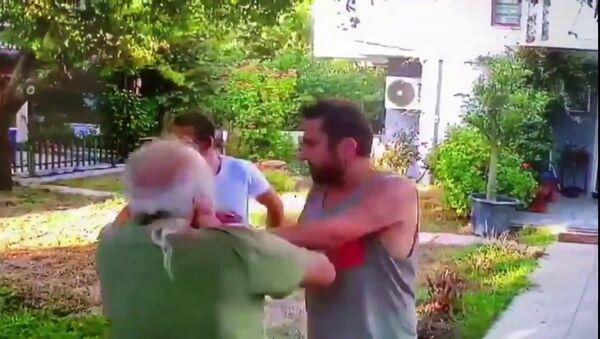Halil Sezai - Sputnik Türkiye