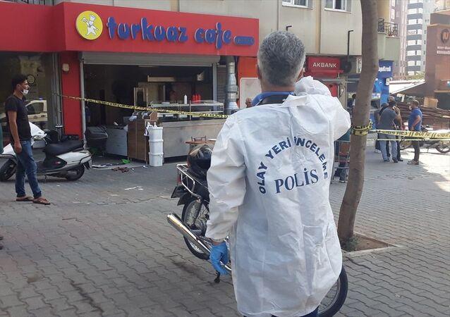 Adana'da tavuk döner siparişi kavgası: 2 yaralı