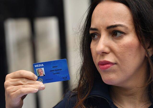 Julian Assange'ın nişanlısı Stella Morris