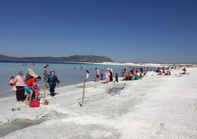 Salda Gölü Özel Çevre Koruma Bölgesi 1/25000 Ölçekli Nazım İmar Planı Çevre ve Şehircilik Bakanlığı tarafından onaylandı. Planın, Salda Gölü Özel Çevre Koruma Bölgesinin (ÖÇK) tamamını kapsadığı kaydedildi.