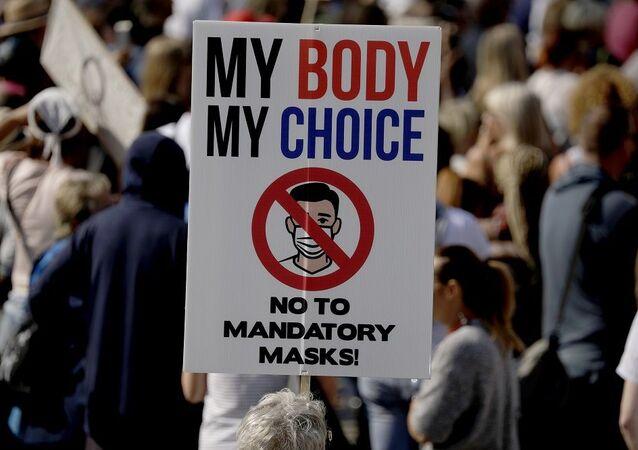 İngiltere-protesto-koronavirüs önlemleri karşıtları, maske karşıtları, aşı karşıtları
