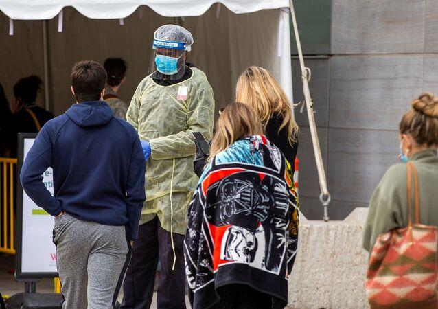 Kanada - koronavirüs - maske