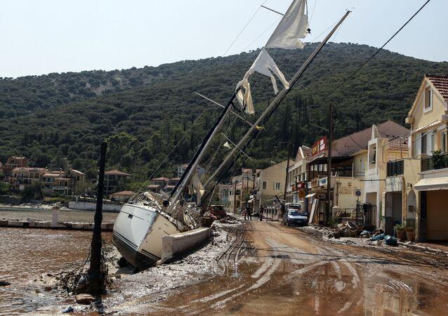 Akdeniz üzerinde gözlemlenen Medicane tropik fırtınasının, nadiren kategori 1 kasırgasının gücüne ulaşabildiği belirtildi