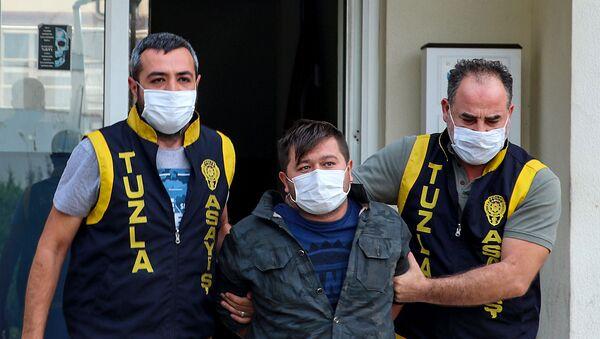 Cihan A. - Tuzla'da polisleri tehdit eden kişi - Sputnik Türkiye