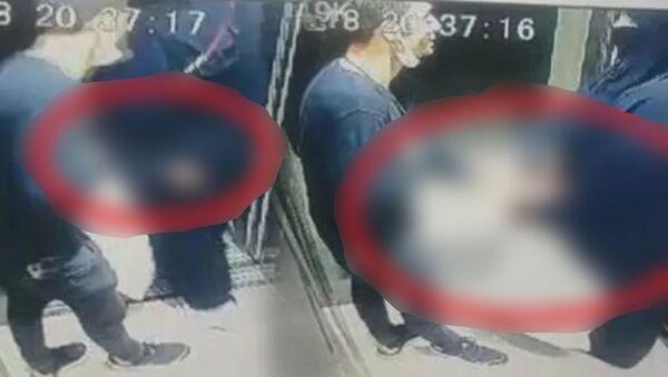 Bursa'da asansörde tacize uğrayan kadın - Sputnik Türkiye