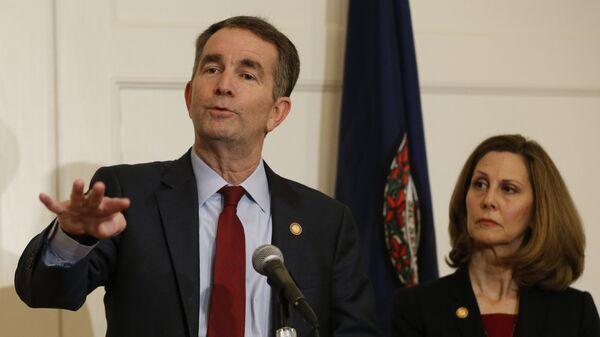 ABD'de Virginia eyaletinin Valisi Ralph Northam ve eşi Pam Northam - Sputnik Türkiye