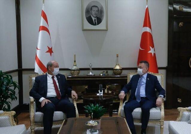 Cumhurbaşkanı Yardımcısı Fuat Oktay, KKTC Başbakanı Ersin Tatar