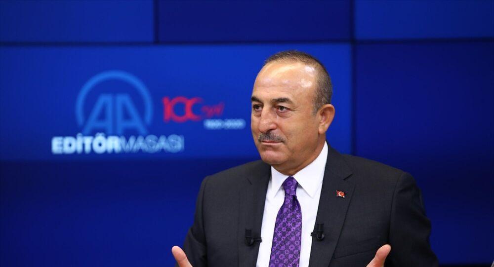 Dışişleri Bakanı Mevlüt Çavuşoğlu, Anadolu Ajansı (AA) Editör Masası'na konuk oldu.