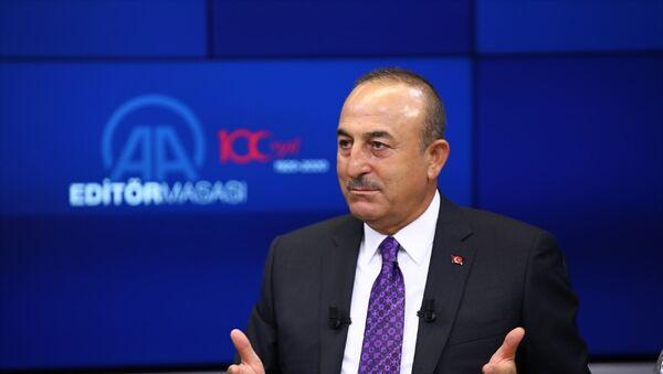 Dışişleri Bakanı Mevlüt Çavuşoğlu, Anadolu Ajansı (AA) Editör Masası'na konuk oldu. - Sputnik Türkiye