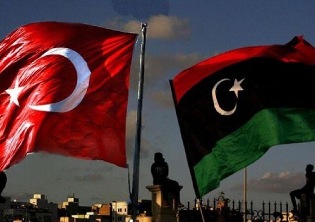 Türkiye-Libya bayrakları