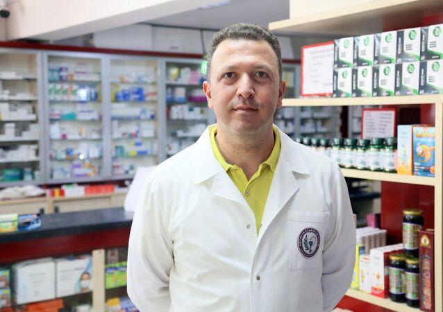 Antalya Eczacılar Odası Başkanı Mehmet Ertekin