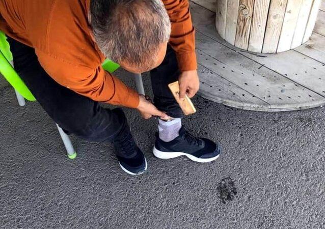 Sınır kapısında çorabına sakladığı 3 kilogram altınla yakalandı