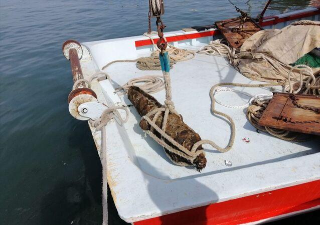 Kocaeli'de denizden çıkarılan tarihi top
