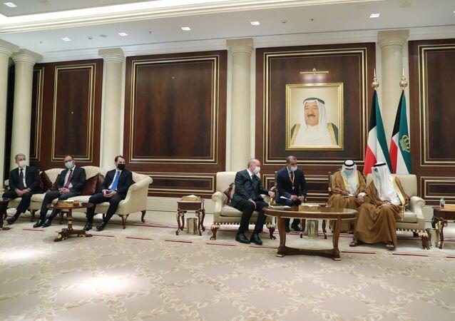 Berat Albayrak'tan, Kuveyt ve Katar ziyareti açıklaması