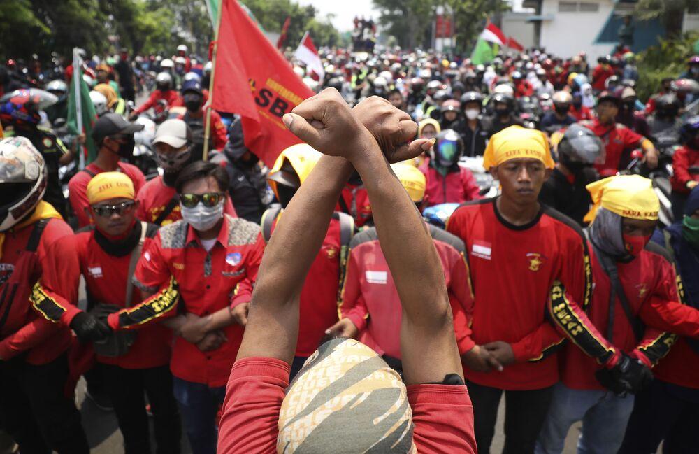 İşçi sendikaları, paketin yeniden düzenlemesini talep ediyor