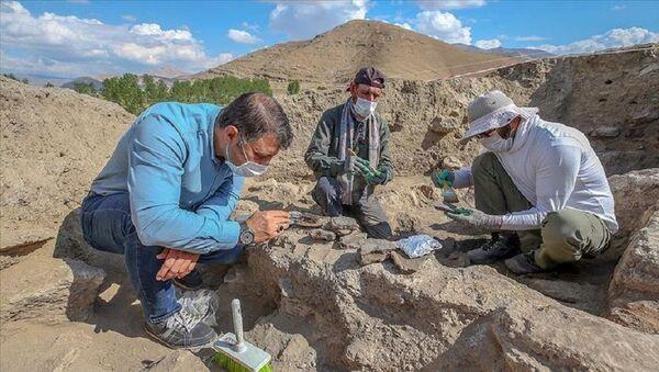 Van'da 5 bin yıl öncesine ait yaşam izleri - Sputnik Türkiye