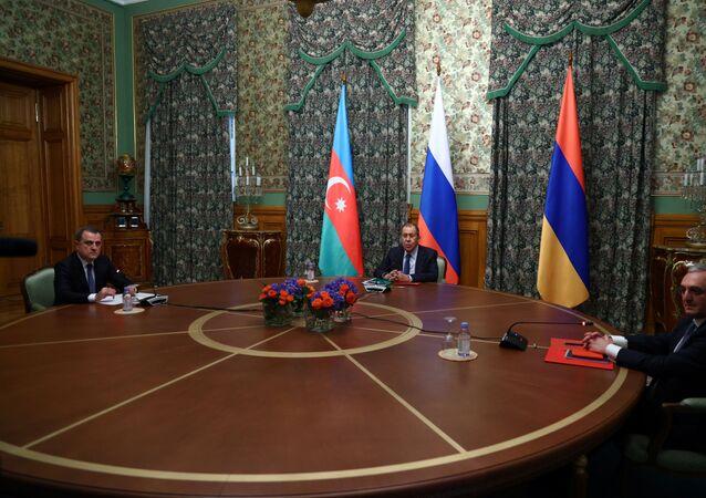 Rusya Dışişleri Bakanı Sergey Lavrov, Azerbaycan Dışişleri Bakanı Ceyhun Bayramov ve Ermenistan Dışişleri Bakanı Zograb Mnatsakanyan