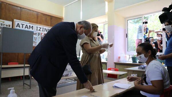 Kuzey Kıbrıs'ta cumhurbaşkanlığı seçimi - Sputnik Türkiye