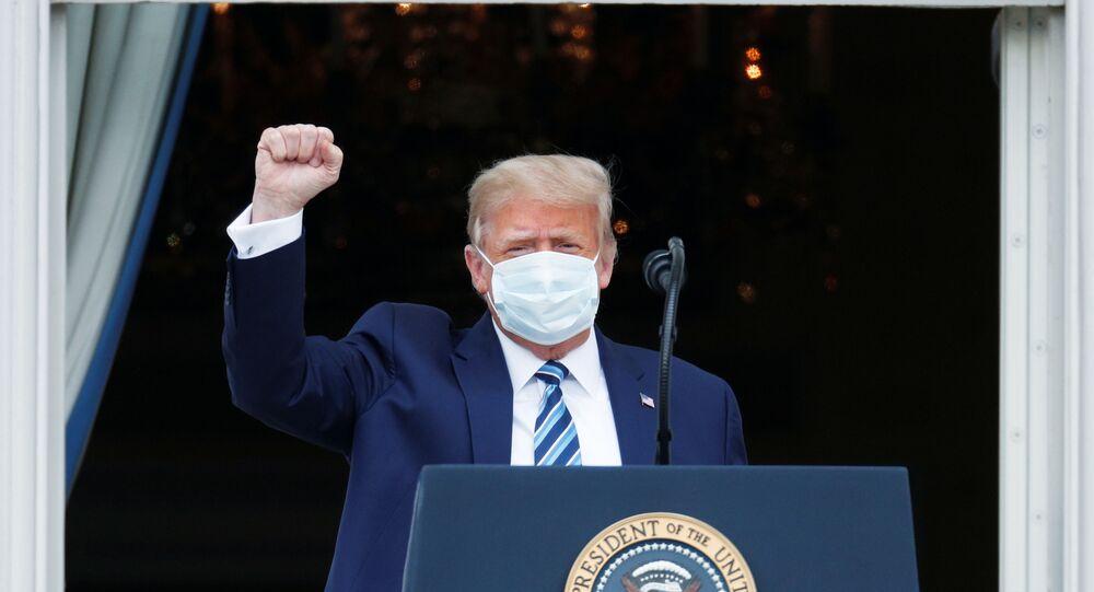 Koronavirüsü atlattığını duyuran ABD Başkanı Donald Trump
