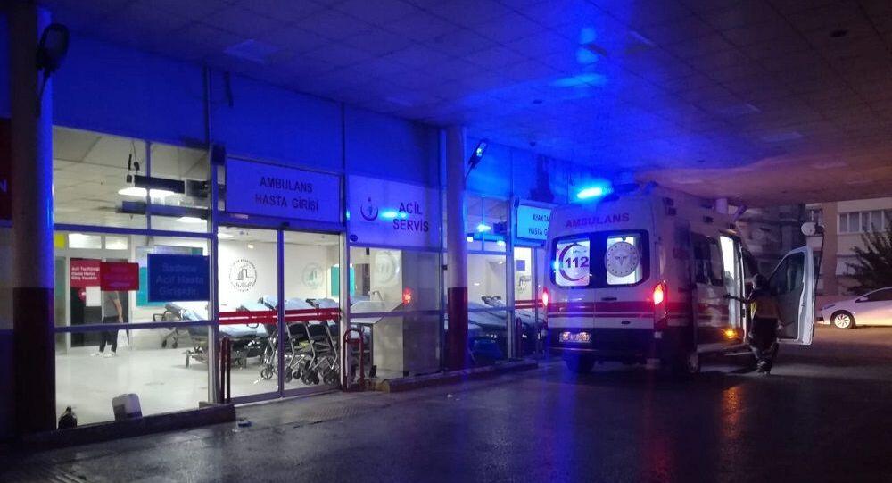 İzmir, hastane, ambulans