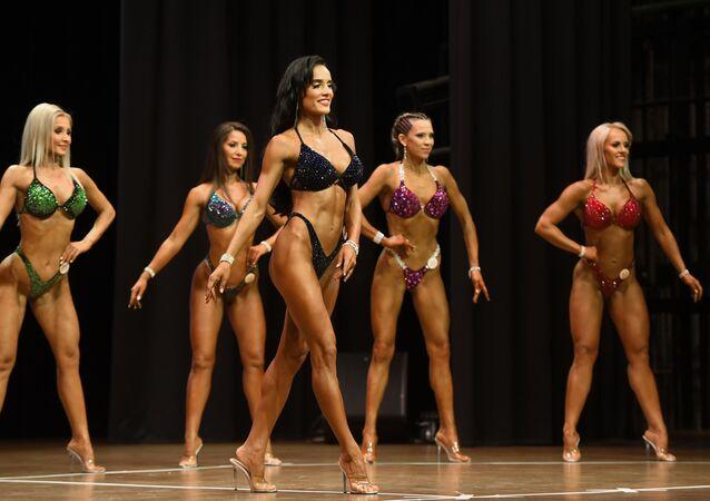 Yarışma öncesinde tartı yapıldı, yarışmacıların hangi kategoride yarışacağı belirlendi