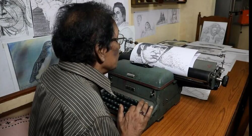 Hindistan'da bir sanatçı daktilosu ile harika portreler oluşturuyor