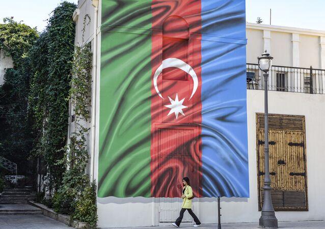 Azerbaycan bayrağı, Bakü