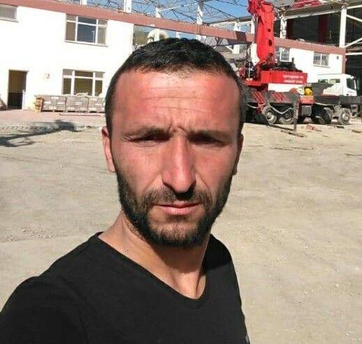 Bolu'da birlikte alkol aldığı arkadaşını çıkan tartışmada bıçaklayarak öldüren zanlı çıkarıldığı mahkemece tutuklandı.
